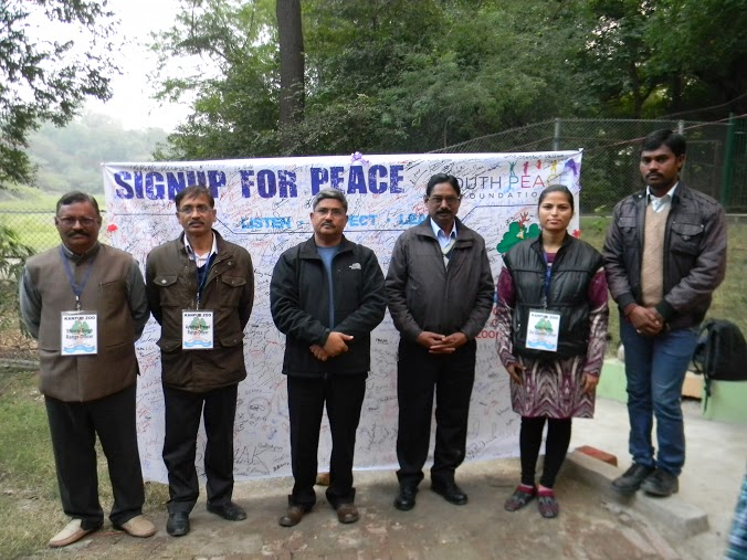 YPF Sign for Peace at Kanpur Zoo (1)