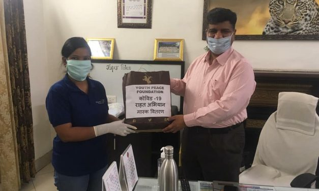 YPF Team distributed Masks to Needy People