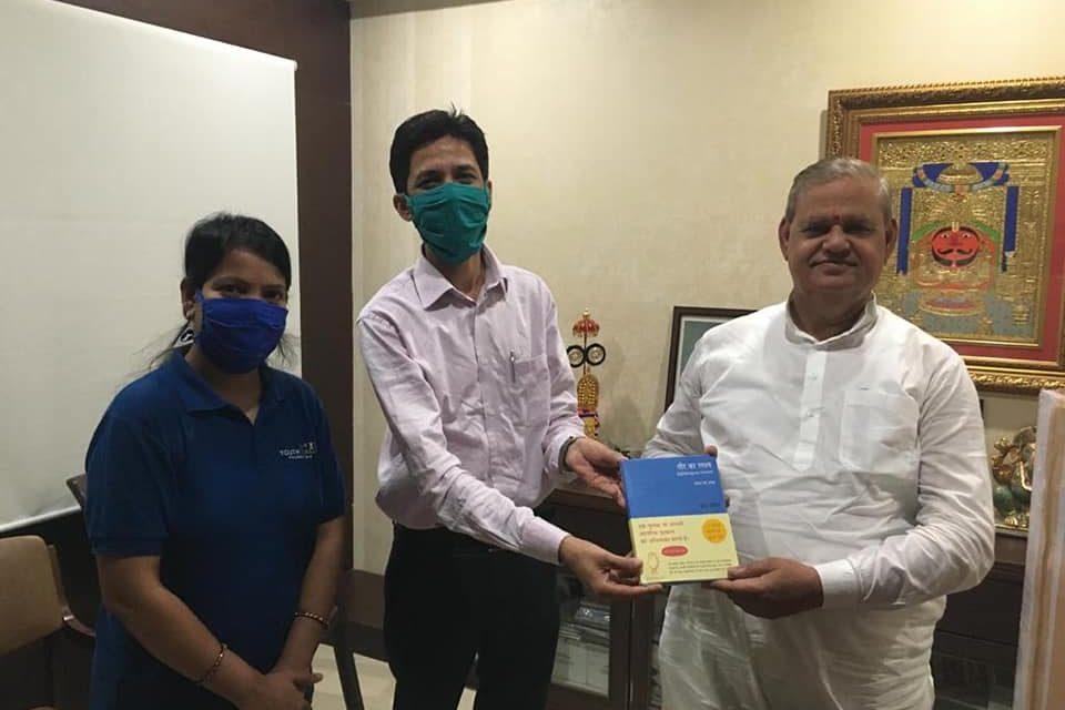 Mask Distribution by Jaipur Team